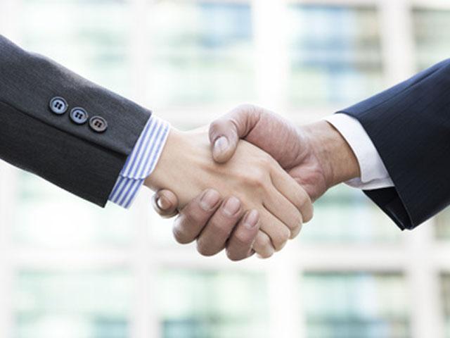 銀行の担当者と良好な信頼関係を保つ